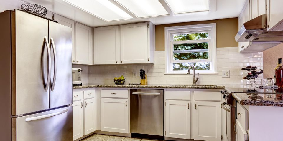 3 Tips for Buying a Used Refrigerator - Salvage Warehouse