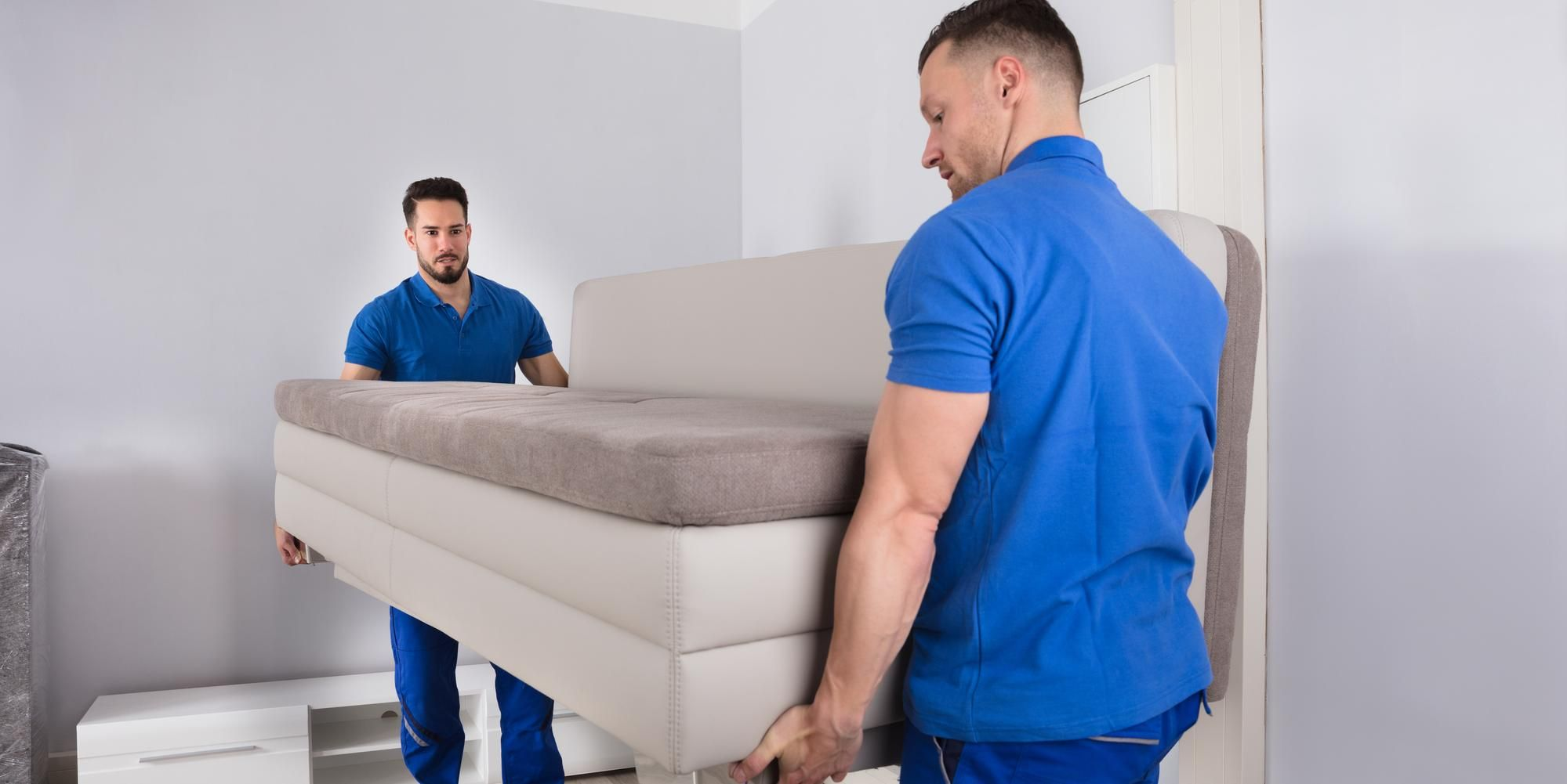 Hiring Professional Furniture Movers