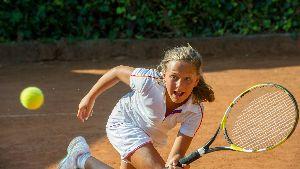 kid's tennis lessons