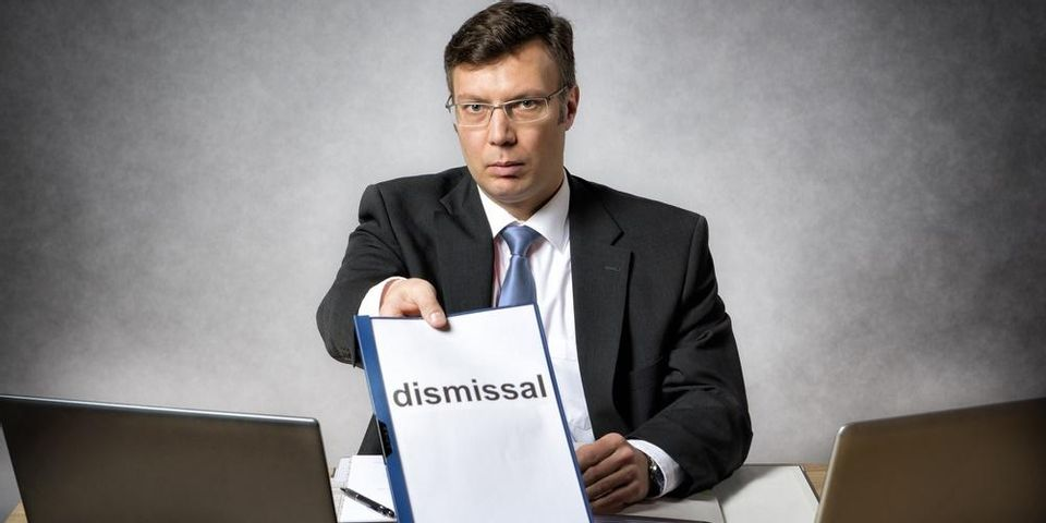 penyebab pemberhentian karyawan