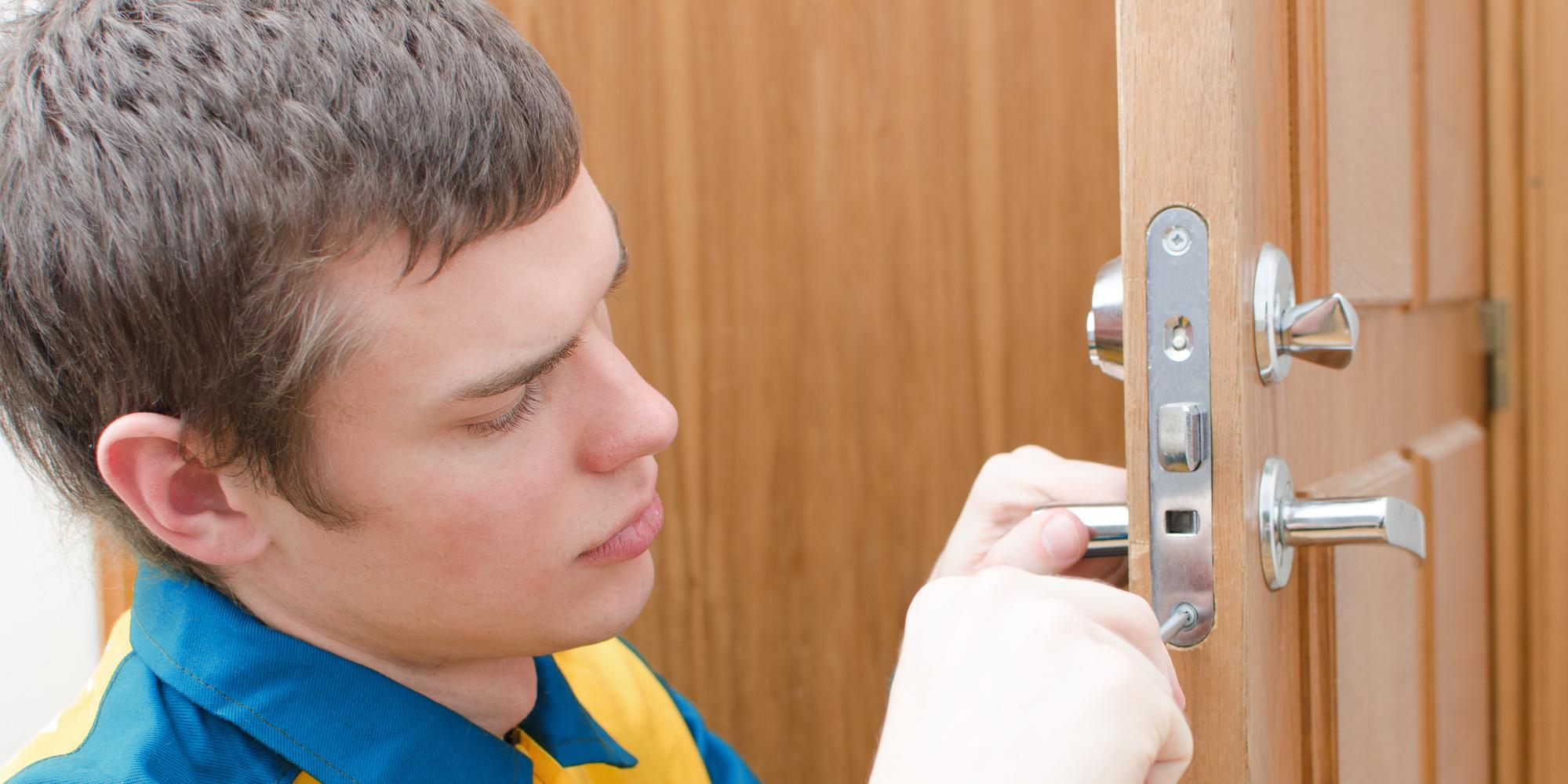 3 Factors to Consider When Choosing a Locksmith - Richmond Hill Locksmith