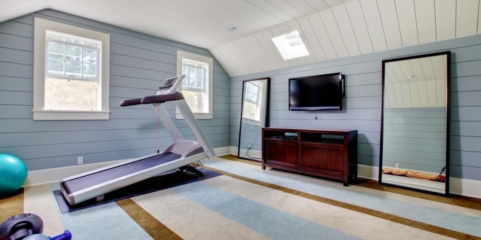 5 Tips For Cleaning Home Gym Mirrors, Home Gym Mirror